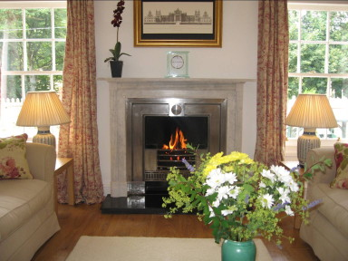 Finch Cottage - Sitting room - a warm welcome - larger image