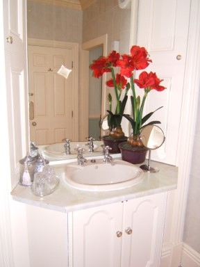 The Forest Room - Bathroom - larger image